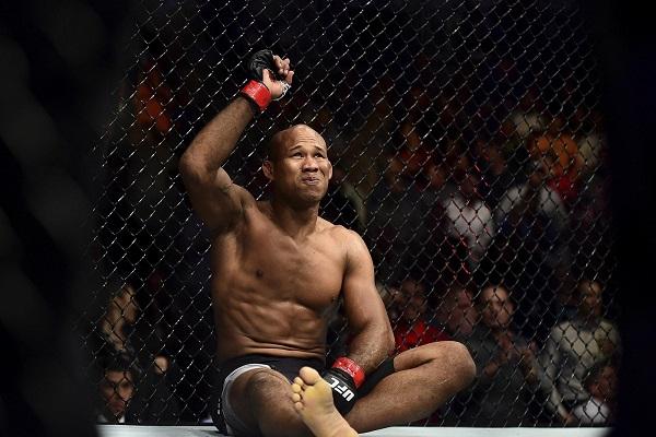 Jacare Souza končí v UFC